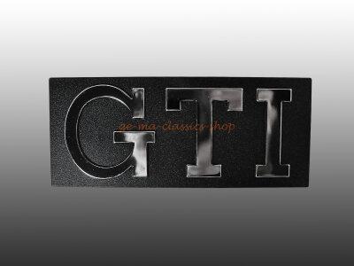 """""""GTI"""" Schriftzug Grill vorne Golf 2"""